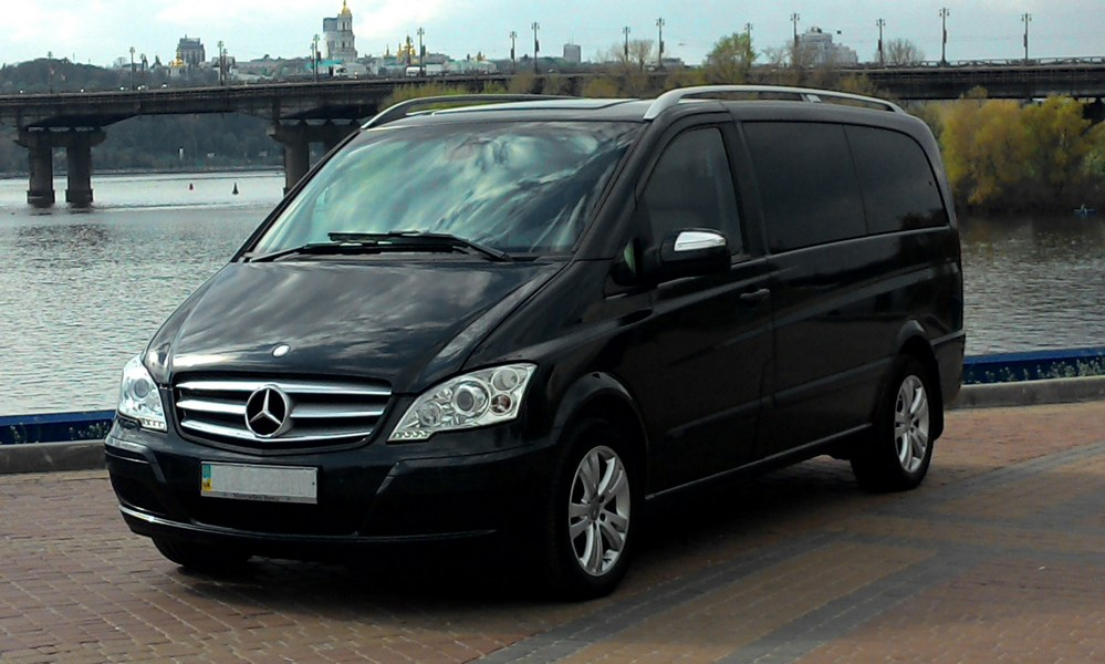 Аренда Mercedes-Benz Viano с водителем в Киеве