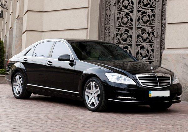 Mercedes-Benz 221