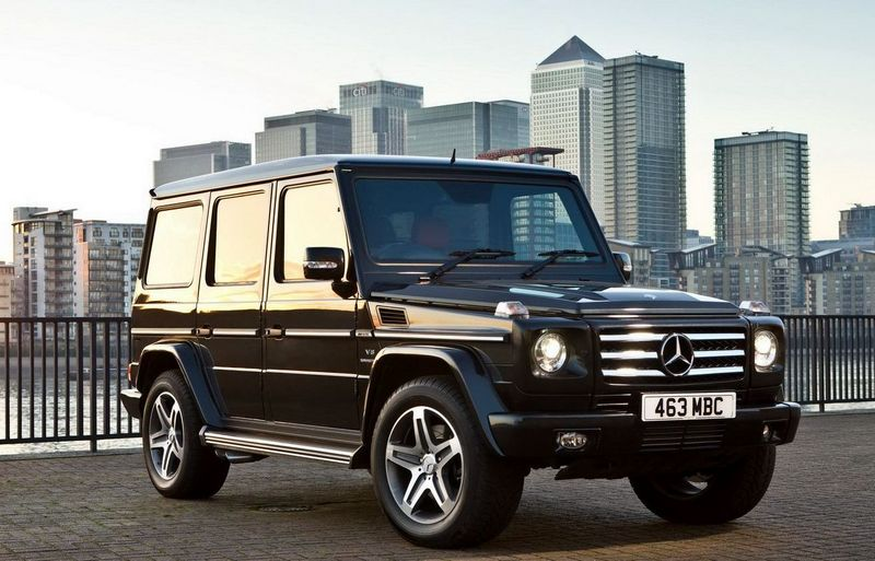 SUV Rent a Mercedes-Benz G 500 with a driver in Kiev