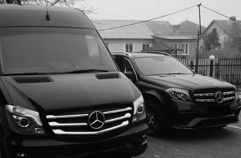 прокат Mercedes-Benz з водієм в Києві по Україні